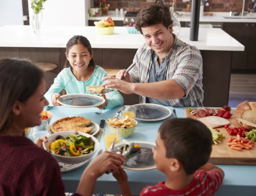 Let's Eat! Tips for Stress-Free Mealtimes as a Family